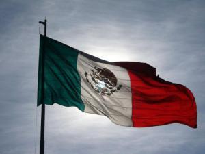 http://clusterindustrial.com.mx/analisis-cuanto-costara-mover-mexico/