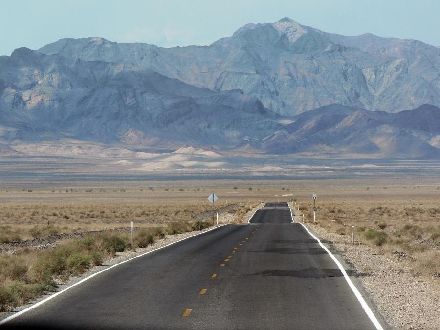 Valle de la Muerte. Foto: Albert. CC0 Public Domain.