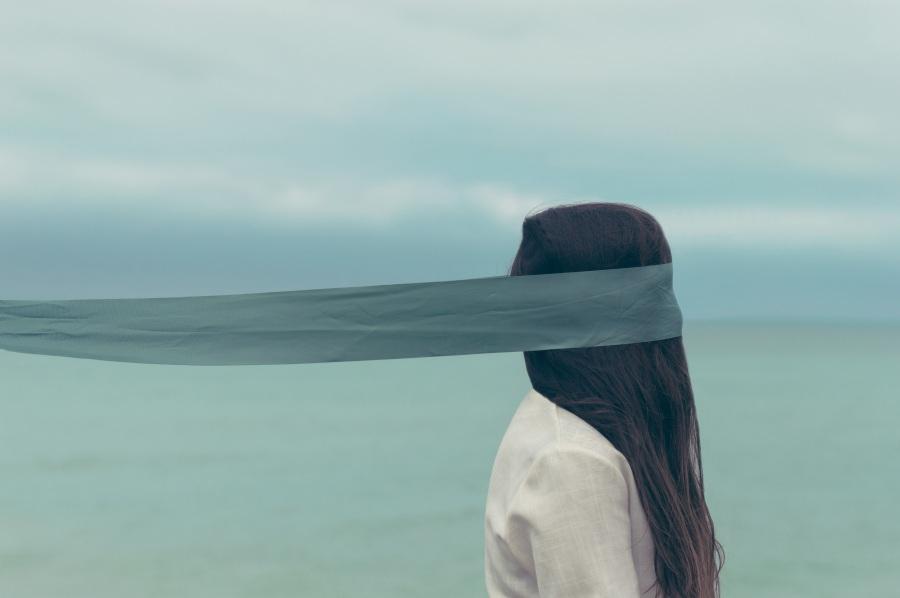 Alone. Foto: Barn Images .CC0 Public Domain.