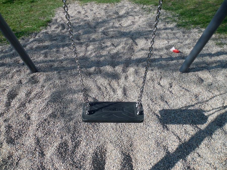 Swing. Foto: Succo. CC0 Public Domain.