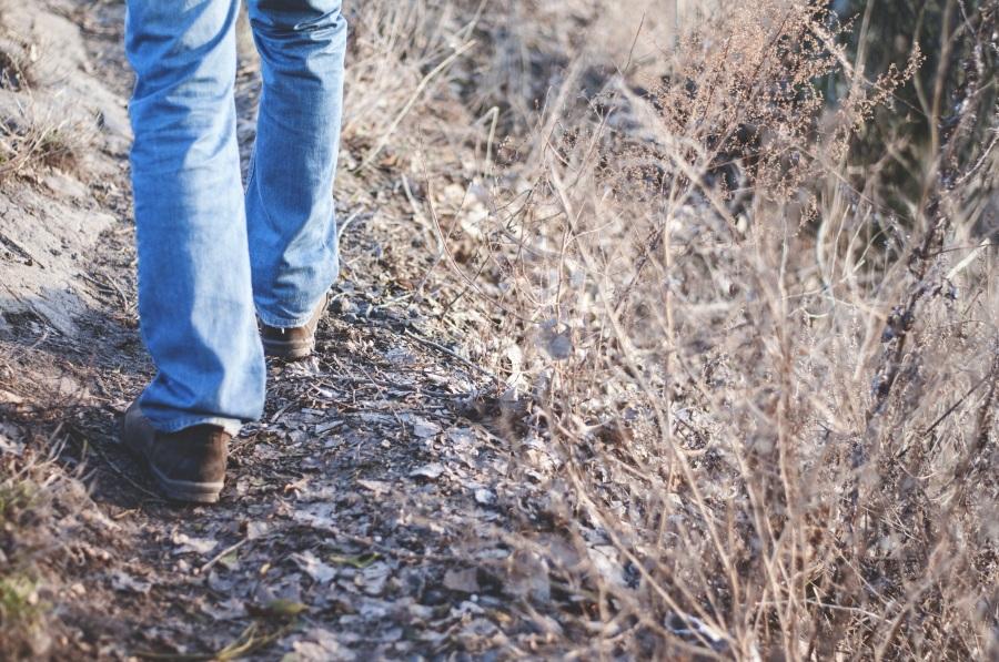 Hiking. Foto: Unsplash. CC0 Public Domain.