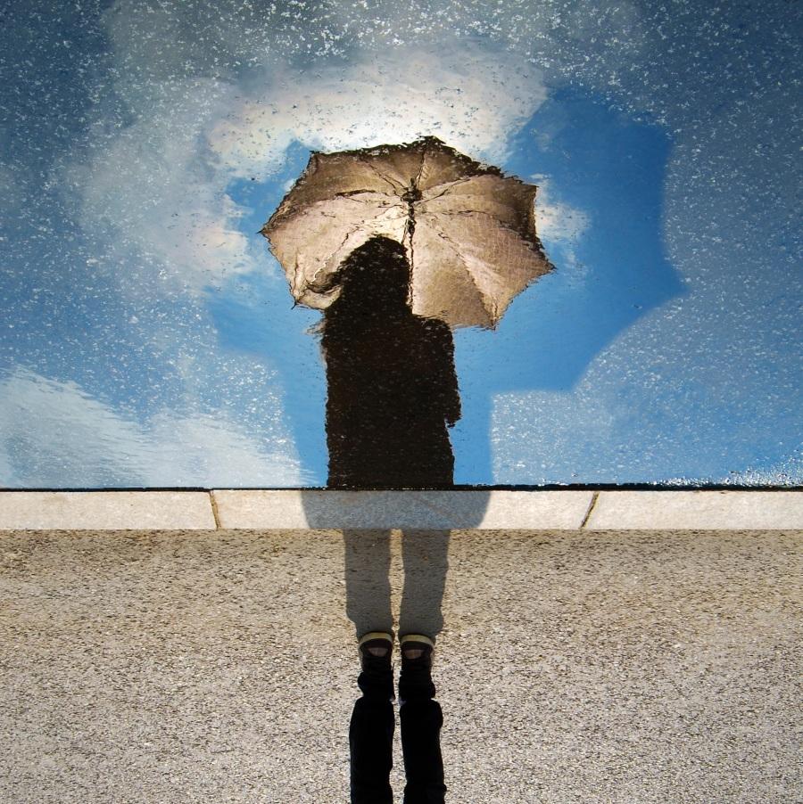 Reflection. Foto: Unsplash. CC0 Public Domain.