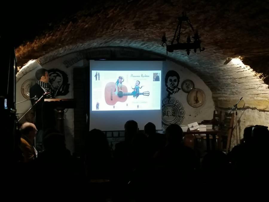Álvaro de la Fuente durante la presentación. Foto: Andrés Jesús Paniagua.